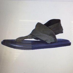 NEW Sanuk Yoga Sling 2 Olive Green Sandals 6